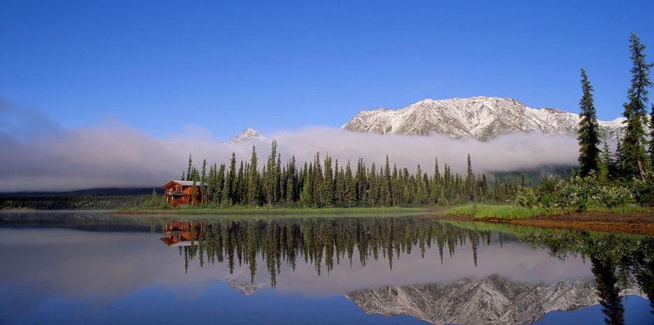 Iniakuk Lake Lodge